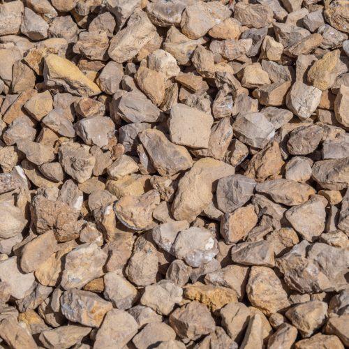 buff coloured gravel 20mm